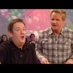Trying to Make Pea Soup with Jonny Vegas – Gordon Ramsay